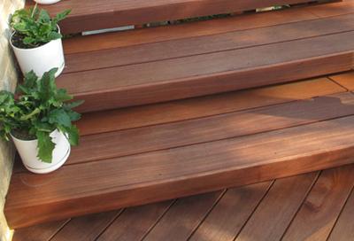 plancher terrasse en cumaru choisir sa terrasse bois. Black Bedroom Furniture Sets. Home Design Ideas