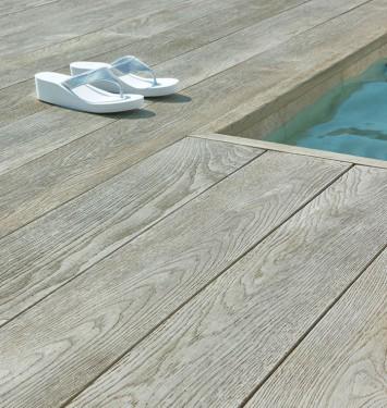 conseils pour une terrasse est en lames de ch ne. Black Bedroom Furniture Sets. Home Design Ideas