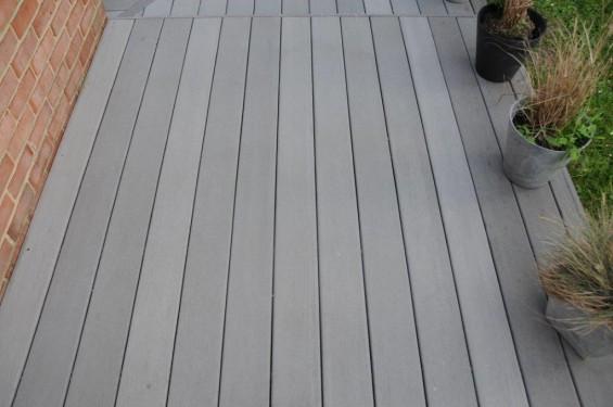 nettoyer terrasse bois savon noir entretien des terrasses en bois resineux et exotiques. Black Bedroom Furniture Sets. Home Design Ideas