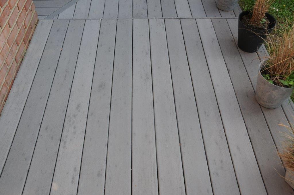 5 conseils pour rénover votre terrasse en bois - astuces et conseils