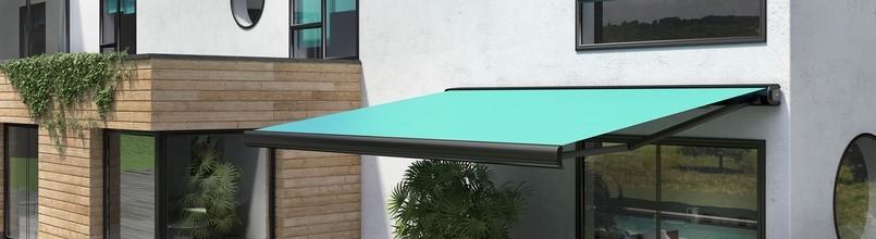 le store banne une protection solaire sur mesure pour votre terrasse terrasse bois. Black Bedroom Furniture Sets. Home Design Ideas